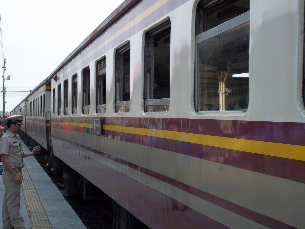 Train from Chiang Mai to Lopburi