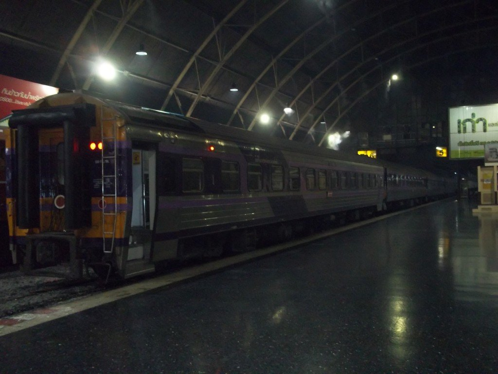 Train to Surat Thani