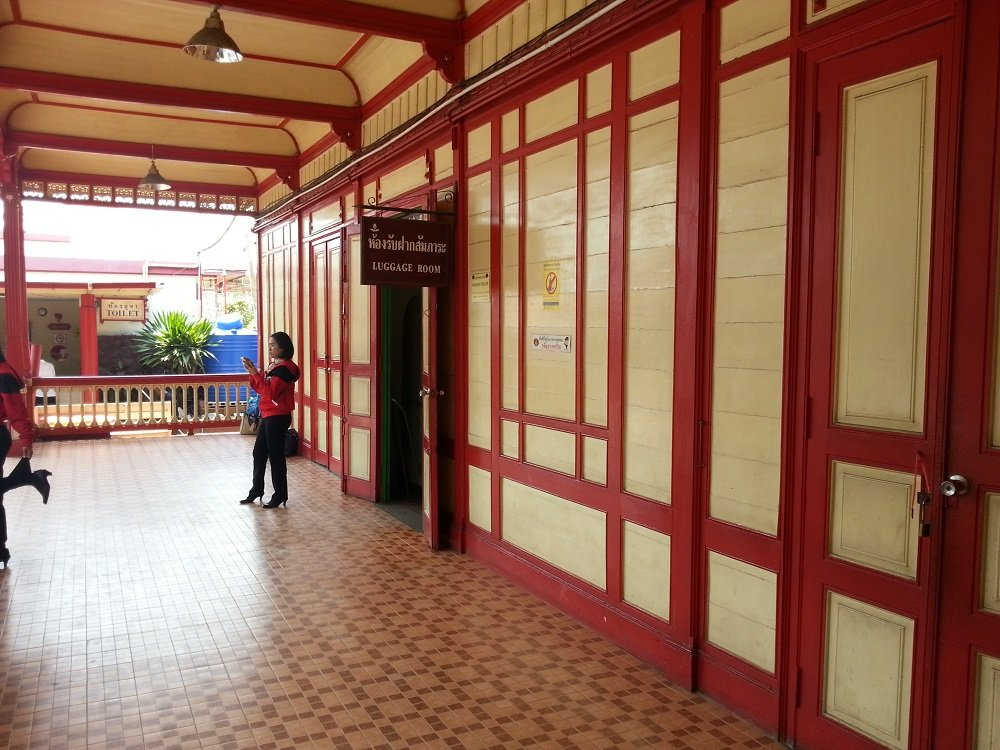 Left Luggage Office at Hua Hin Train Station